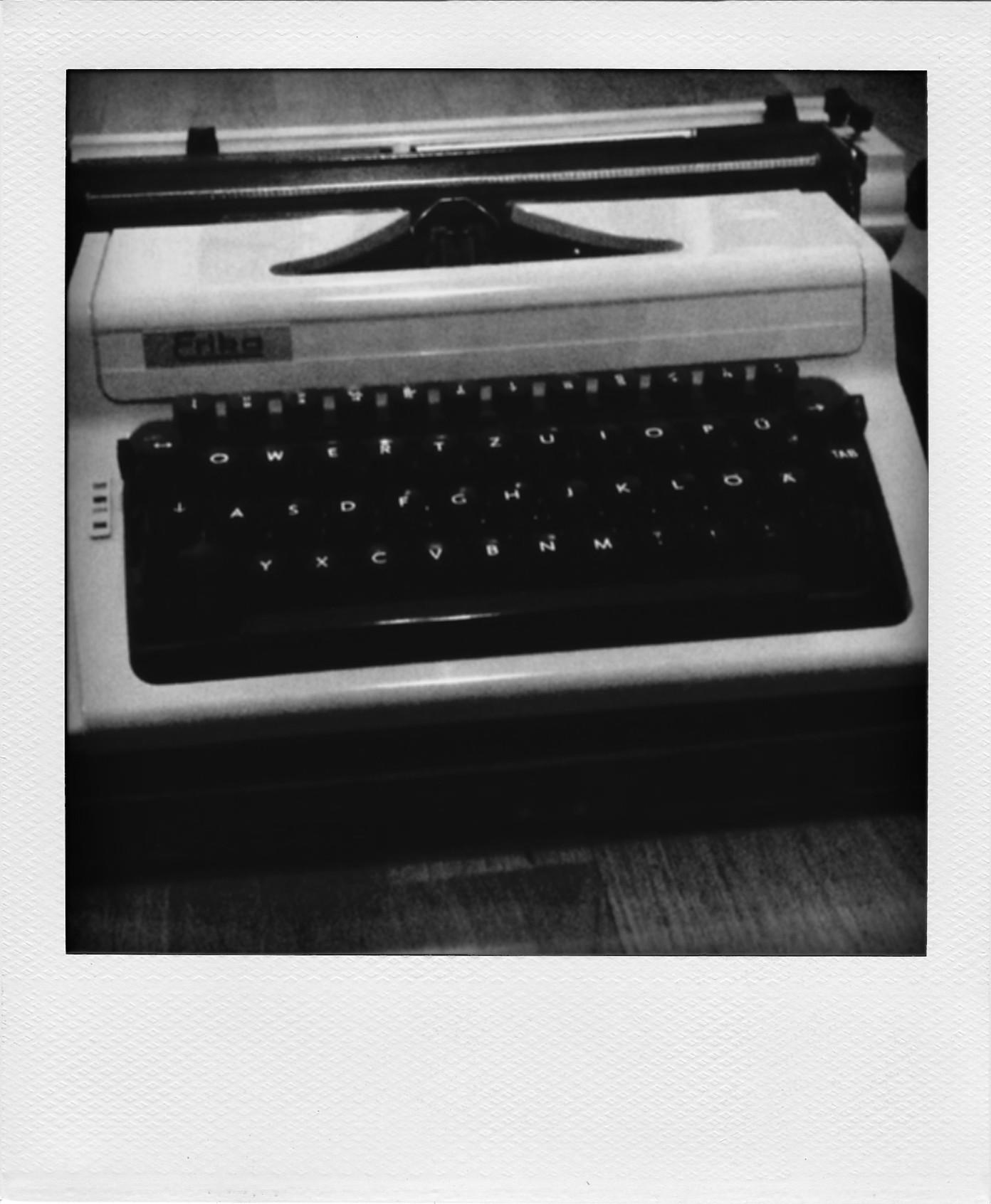 Alte geliehene Schreibmaschine.